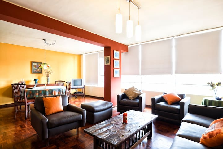 Super located 2 bedr in Miraflores - Lima - Lakás