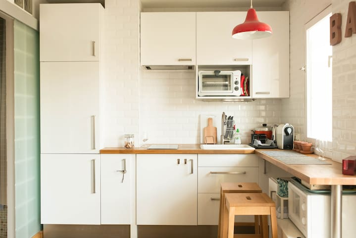 Cosy modern loft / 改装済オシャレなloft - Puteaux - Condominium