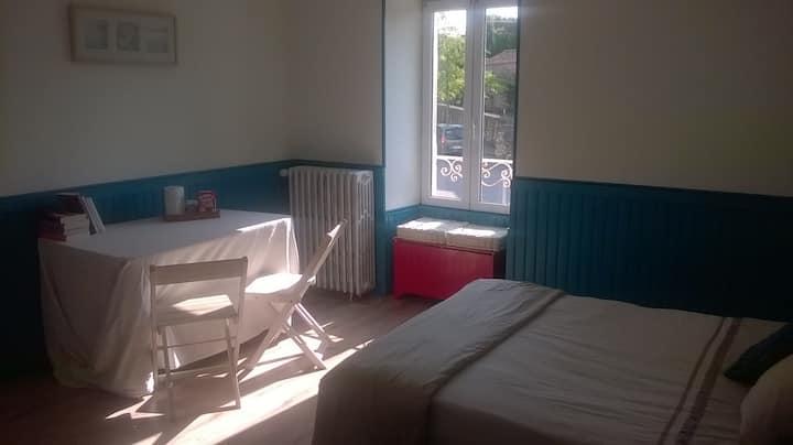 Chambre et salle de bain privée proche Puy du Fou