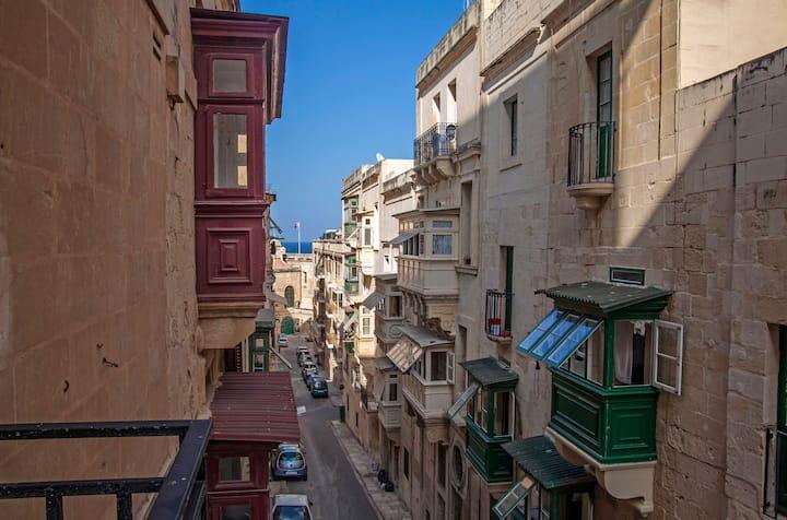 Valletta city centre entire apartment