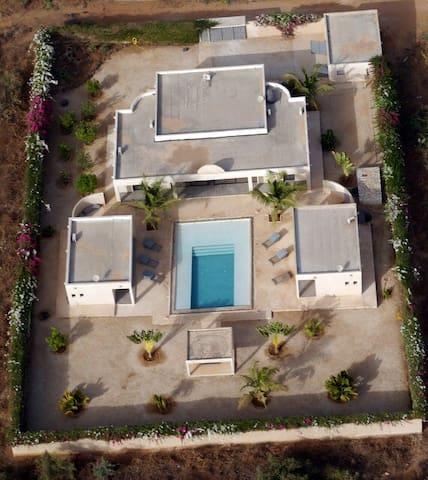 Loue Magnifique villa piscine - Somone - Villa
