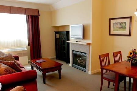 One Bedroom Suite Near Okemo - Cavendish - Byt