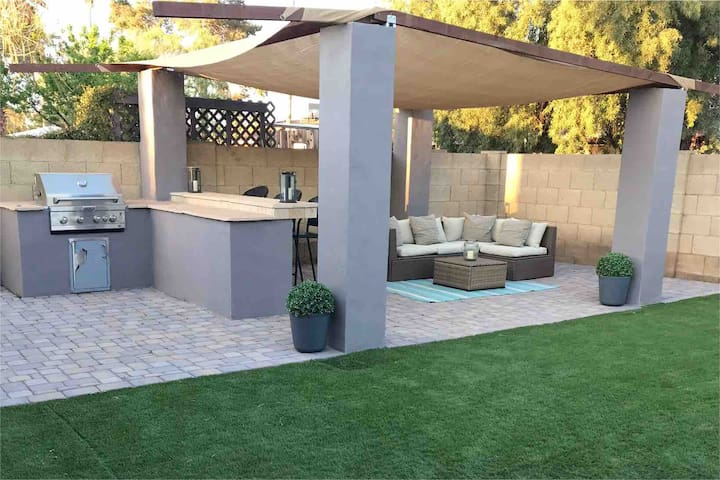 Spacious 4BR Tempe Home with Built-In BBQ and Pool