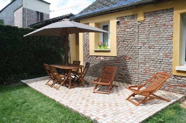 Magnifique gite avec terrasse Lisieux centre - Lisieux - Ev