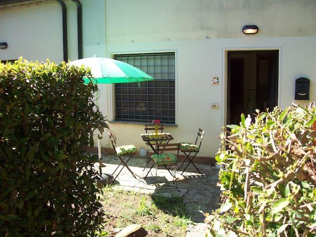 Accogliente Bilocale con Parcheggio - Saturnia - 公寓