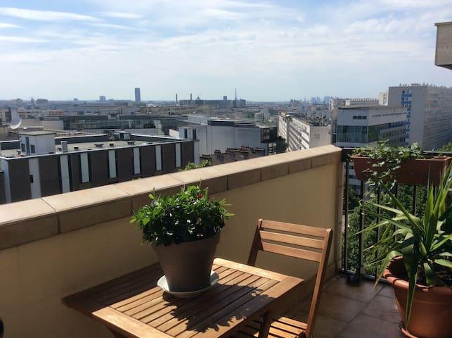 B&B, chambre calme, lumineuse, belle vue sur Paris