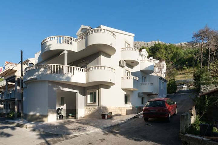 Modern cosy  apartment near Split