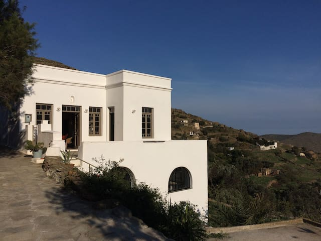 Maison traditionnelle à Tinos - Tinos - Huis
