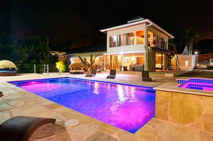 Surfers Paradise Villa & Apt. - Beachfront
