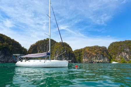 Bed&breakfast on a sailing yacht with full seaview - Barca