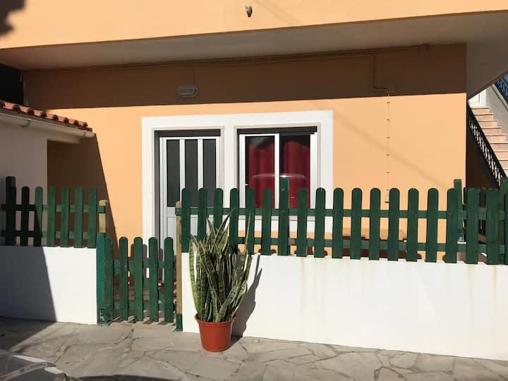 """Anexo/Apartamento T2 """"Almost by the sea"""""""