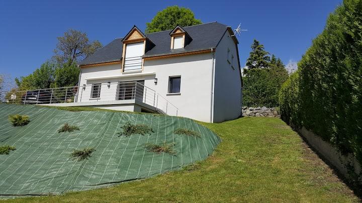 Maison neuve, splendide vue sur la vallée, 6 pers