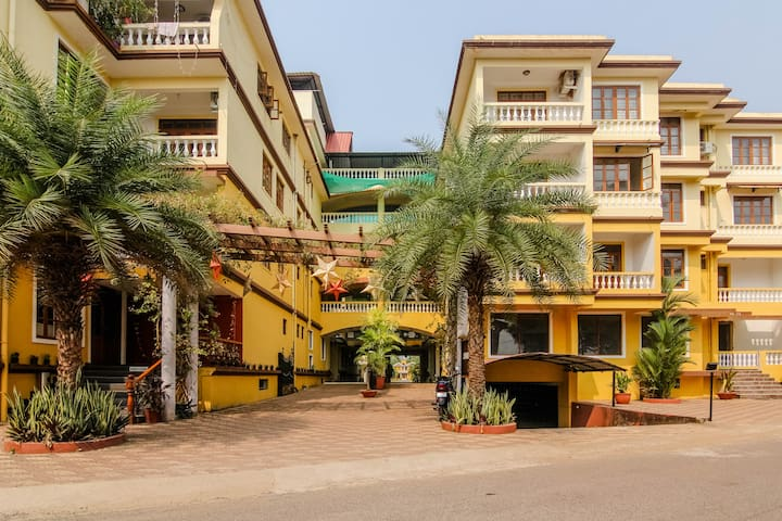 Homely 1BHK Apart. in Colva with pool & Breakfast