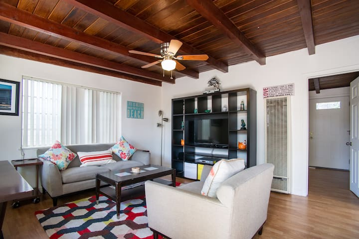 Dana Point by PCH 2 bedroom Cottage