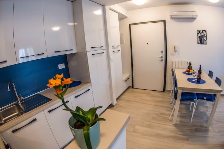 Wohnung BLUE- Neu und in top Lage - Pomer - Lägenhet