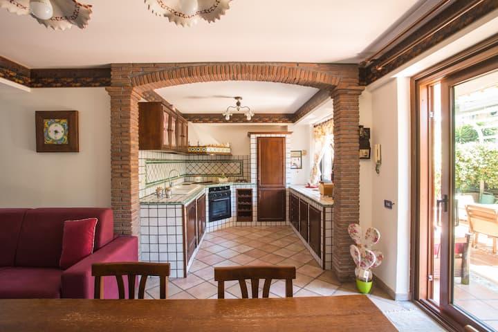 Sicilian Home-Suite familiare