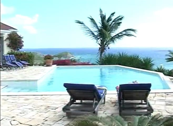 Luxury Bungalow with Full Access to Villa - Saint Philip - Bed & Breakfast