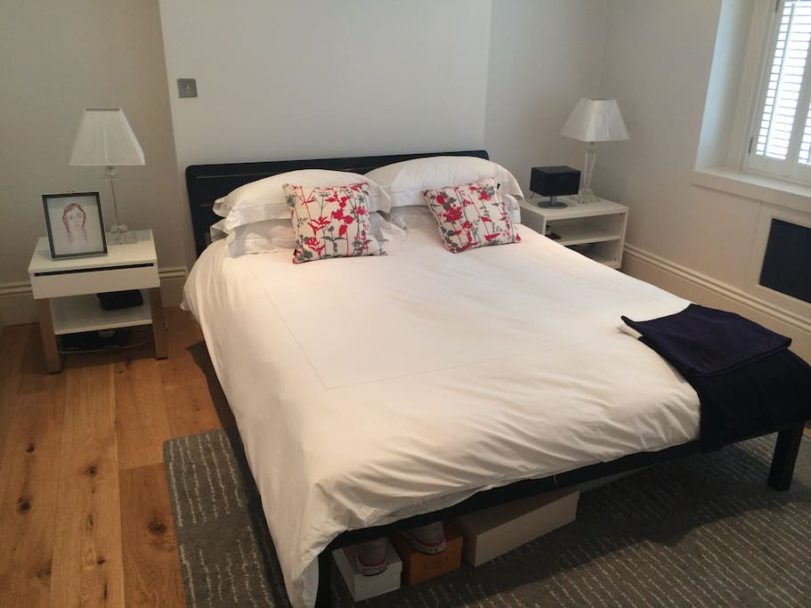 Master bed with King bed