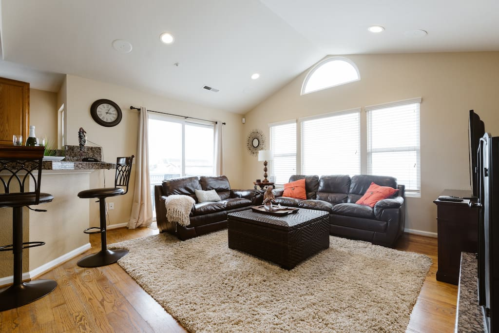 """Upstairs living room with private balcony, 60"""" HDTV, Ocean views"""