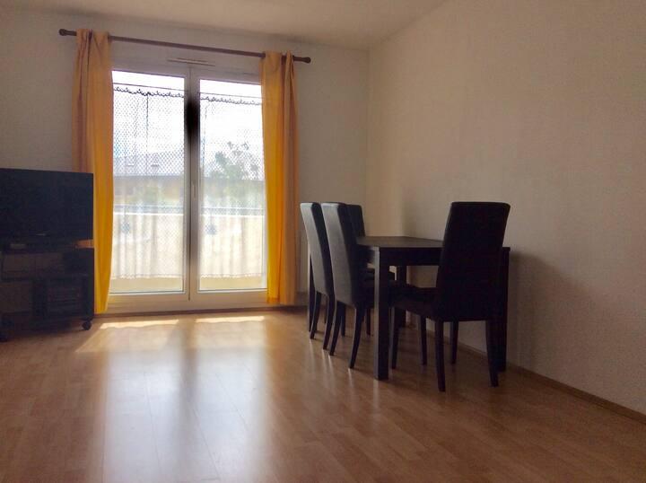 Appartement- 12 minutes Paris
