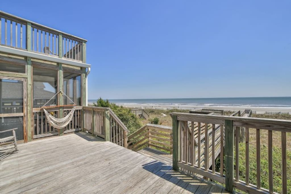 """Pretty in Pink"" - magnificent oceanfront views!"