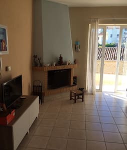 Cool apartment 20m from the beach - Assos - Lägenhet