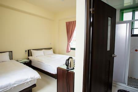 三人套房 Triple Room - Guanshan Township