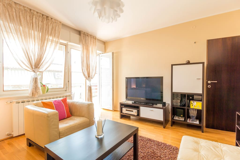 Living room with sofa bed. Equipment: Sat – tv, radio/cd player, Wi Fi Internet, aircondition
