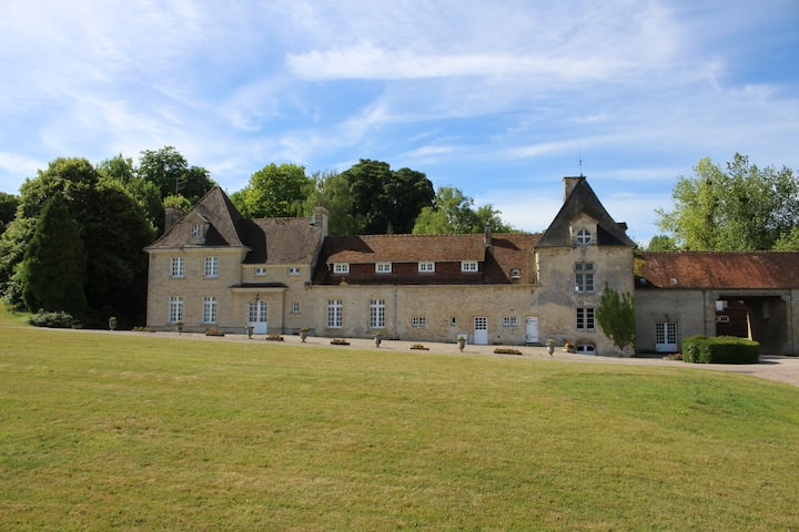 Traditional Domaine in Normandie