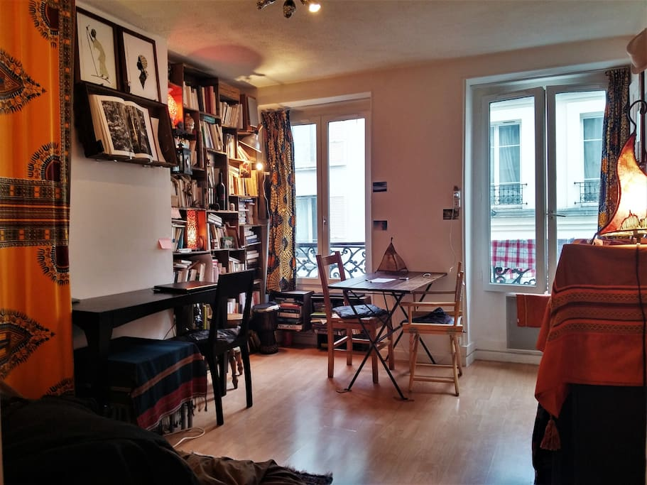 Appartement 2 pi ces 35m ch teau rouge apartments for - Nid rouge lincroyable appartement paris ...