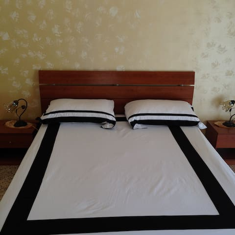 Affitta camere /posti letti - Ercolano - Bed & Breakfast