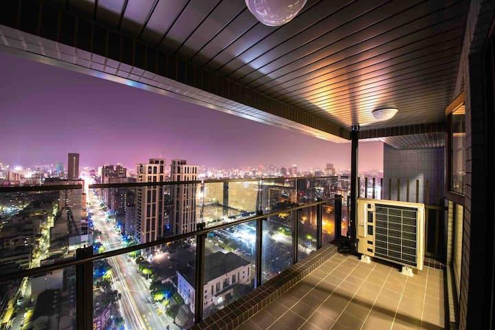 文化中心/頂層泳池/全新2房/千萬夜景/六合路美食街