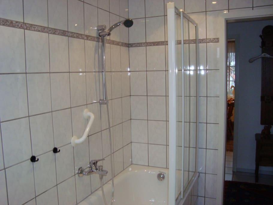 Badezimmer, Duschwanne