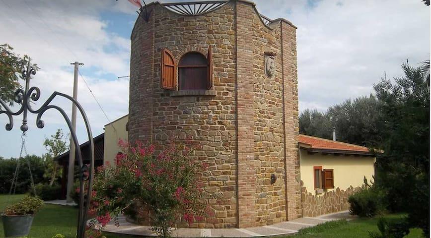 Villa Torre Accio - pisticci - วิลล่า