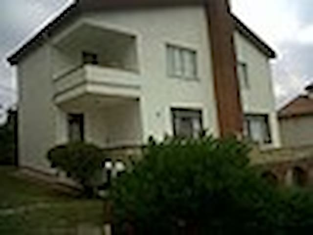 Villa with a sea view - Çınarcık - Villa
