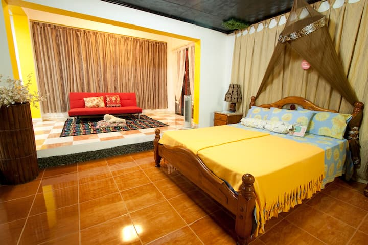 A HOME AWAY FROM HOME LAS PINAS