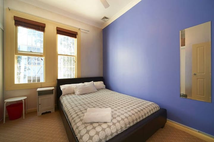 Master Room by Central Station - Surry Hills - Rumah