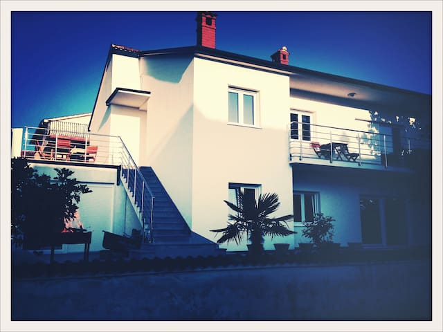 Bijela Kuca, modern flat close to Pula and Rovinj - Peroj - อพาร์ทเมนท์