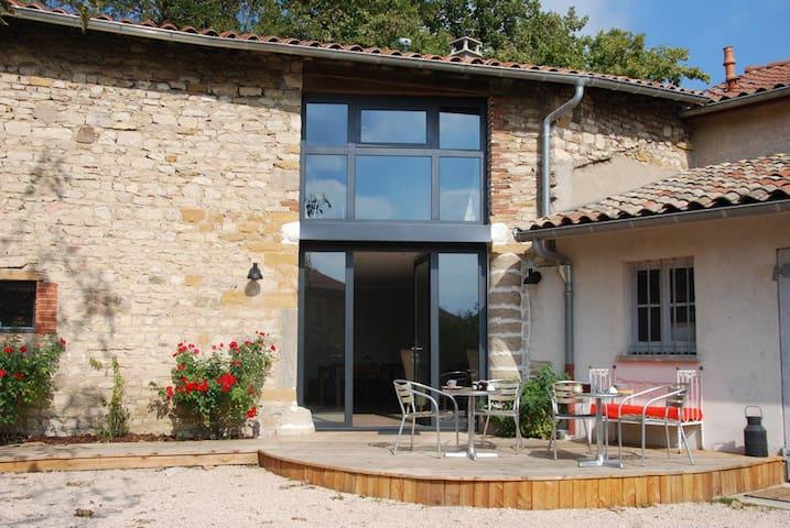 Chambre d'hôtes de caractère Chazay - Chazay-d'Azergues - Bed & Breakfast