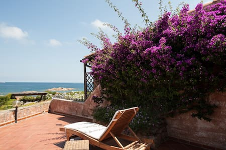 Your dream summer house by the sea - Costa Corallina - Ház
