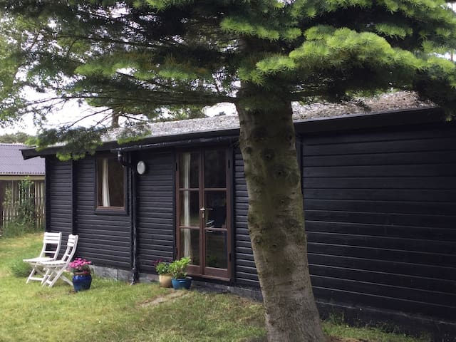 Cosy cottage close to beach - Martofte - Rumah
