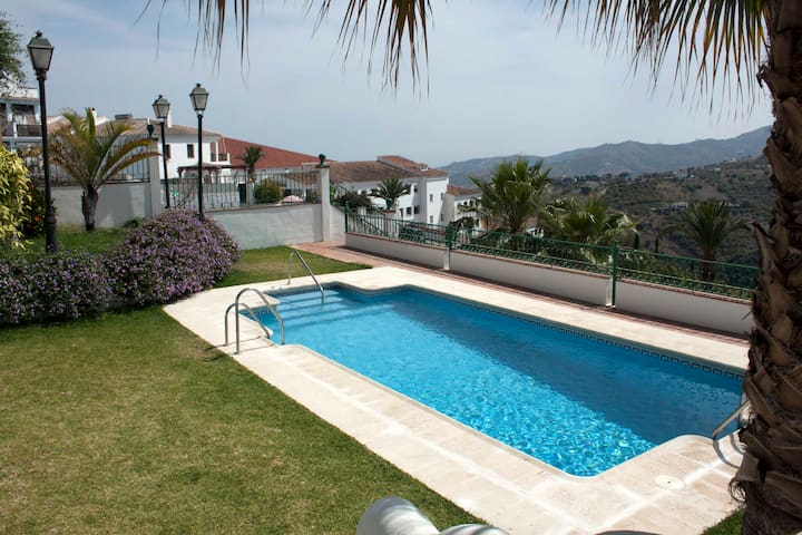 Charming flat/easy access and AC - Frigiliana - Appartement