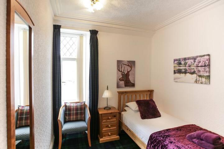 Single Bedroom near City Centre