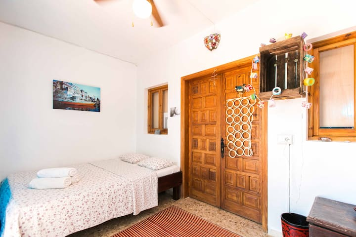 Bright terrace room, pool - Ibiza