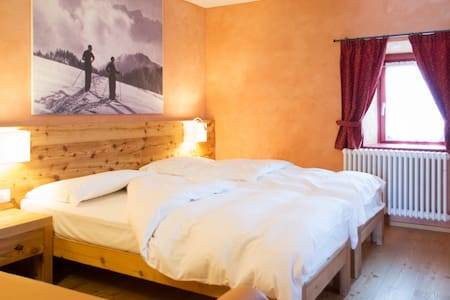 Malga Millegrobbe Resort  - Luserna - Bed & Breakfast