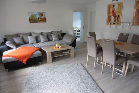Fewo Bienwald 2, 105 m²/4-6 Per - Teuchern OT GRÖBITZ