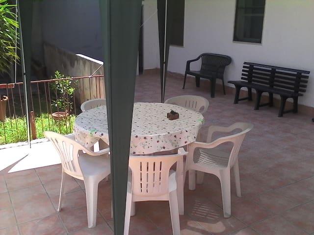 B&B FABIO PRINCIPALE INTERA CASA - Taranto - Appartement