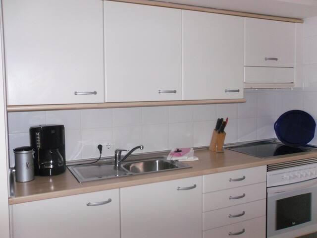 Apartment with pool and seaview - Vallgornera - Huoneisto