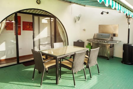 Lovely penthouse with private Sun Terrace - Flat