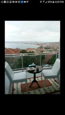 Luxurious apartment with Seaview - İstanbul - Daire